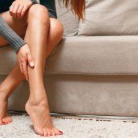 Ватные ноги при панических атаках и ВСД – разбираемся в причинах