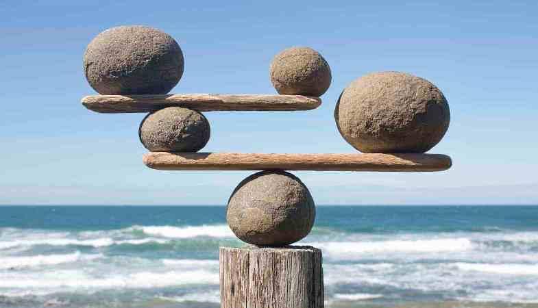 закон вселенной о равновесии