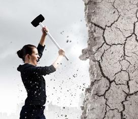 разбить стену на эмоциях