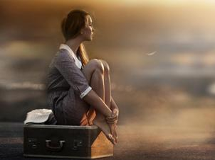 девушка одна, грусть, одиночество