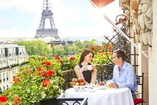 завтрак, балкон, париж, влюбленные