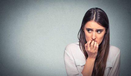 Причины повышенной тревожности у людей в современном мире