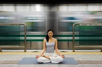 сохранять спокойствие в метро