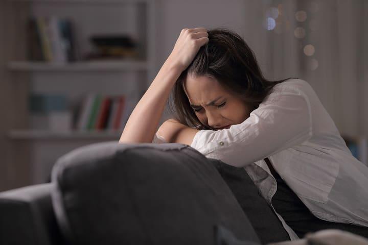 плаксивость, депрессия