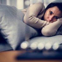 Причины и симптомы гормональной депрессии у женщин, способы лечения