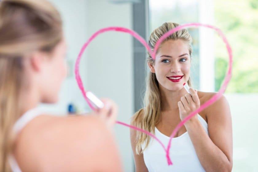 отражение в зеркале и самооценка