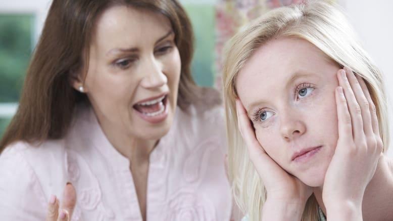 мать кричин на дочь